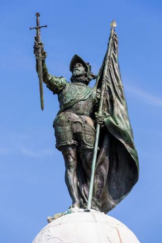 Васко Нуньес де Бальбоа (памятник)