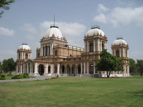 Дворец Нур-Махал