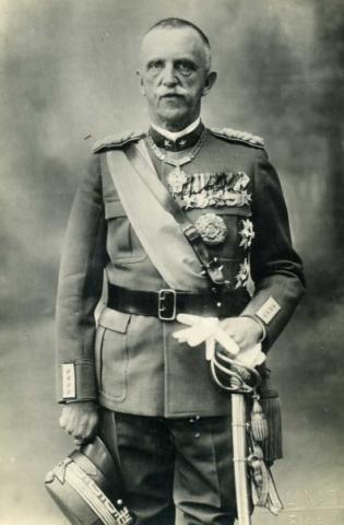 Король Италии Виктор Эммануил III